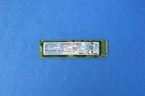 SSD диск 256GB M.2 SSD PCIe NVMe MZ-VLW2560 00UP436 AIO-520-24IKL, P71